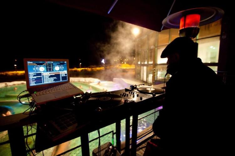 Mix au grands bains de Monetier-Les-Bains, Serre Chevalier / Crédit Photo : Antoine Deudon